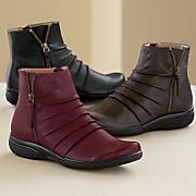 Kearns Blush Boot by Clarks
