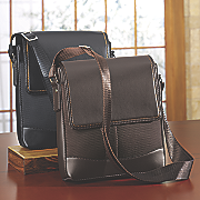 textured travel bag