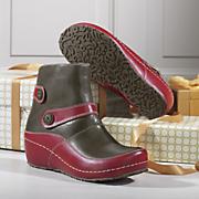 diogenes bootie by spring footwear