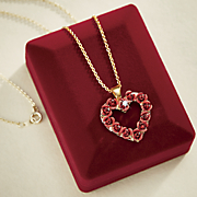 heart of a dozen roses necklace