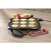 Family-Size Tilt'NDrain Griddle with Bonus Pancake Turner by Presto