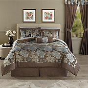 Elisa Jacquard 7-Piece Bed Set and Window Treatments