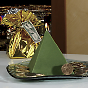 Cash Pyramid Candle