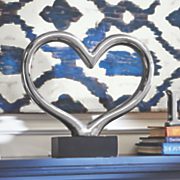 heart art tabletop decor