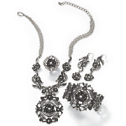 rose crystal necklace