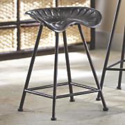 short tractor stool