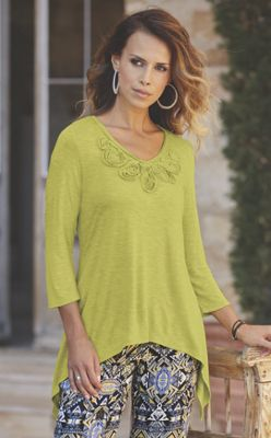 Appliqué Yoke Knit Top