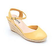 tamsin closed toe wedge by monroe and main