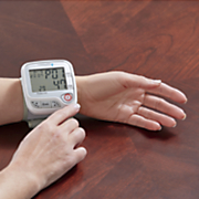 automatic wrist blood pressure monitor by lumiscope