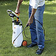 3 gallon rollaway sprayer