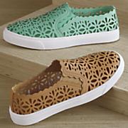 Suyin Cutout Sneaker