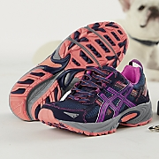 Women's Gel Venture 5 by Asics