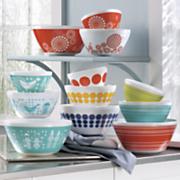 3 pc  vintage charm mixing bowl set by pyrex