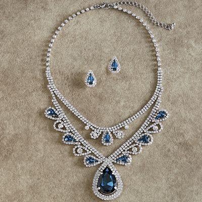 Nany Necklace Set