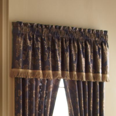 Estate Valance