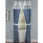 avery window treatments