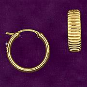 10k gold ribbed hoop earrings