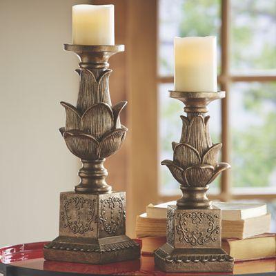 Set of 2 Flowering Candleholders