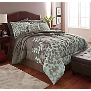 greenfield comforter set  decorative pillow and window treatments
