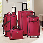 4 pc  nesting luggage set by travelers club