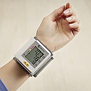 wrist blood pressure monitor by clever choice