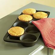 8 biscuit cast iron pan