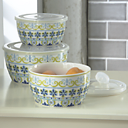 set of 3 pattern bowls with lids