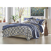 Larroque Oversized Quilt and Sham