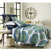 medallion oversized quilt and sham