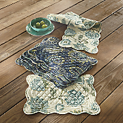 set of 4 scalloped placemats
