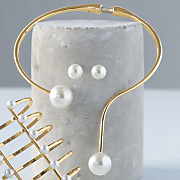 faux pearl wire necklace and earring set