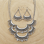 Crescent/Round Necklace/Earring Set