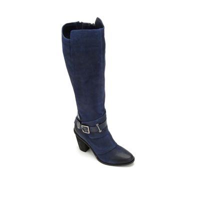 Dune Boot by Fergie