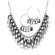 square necklace hoop set