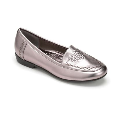 Metallic Loafer by Classique