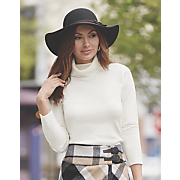 layering turtleneck sweater
