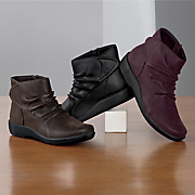 sillian chell bootie by clarks