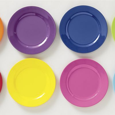 Set of 8 Assorted Melamine Dinner Plates
