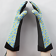set of 2 long oven mitts