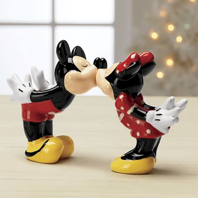 Kissing Mickey and Minnie Salt and Pepper Shakers