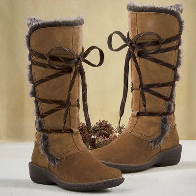 Women's Avington Hayes Boot by Clarks