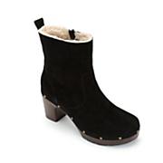 Women's Ledella Abby Boot by Clarks