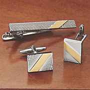 cufflink and tie bar set by stacy adams