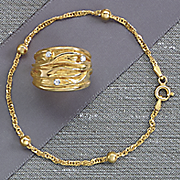 singapore saturn link bracelet