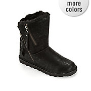mimi boot by bearpaw
