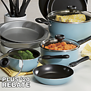 17-Piece Cookware Set by Farberware