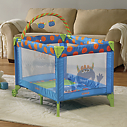 funsport deluxe play yard by safety 1st