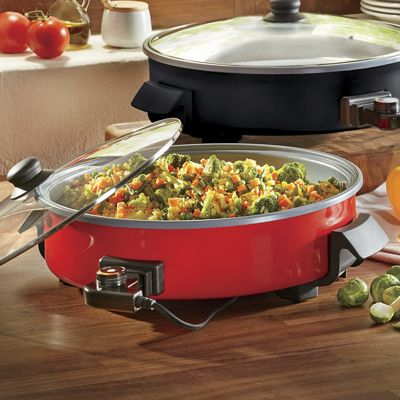 14-Inch Rapid Skillet by Dash