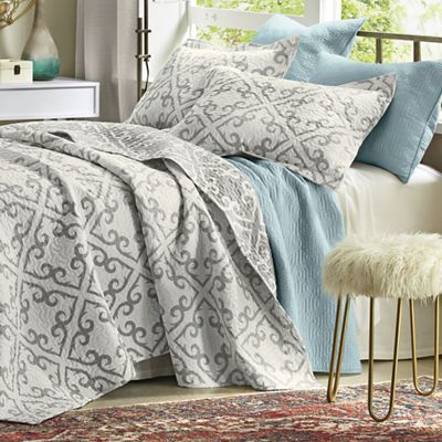 Briar Reversible Quilt and Sham