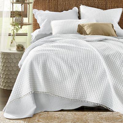 Pom-Pom Oversized Quilt and Sham